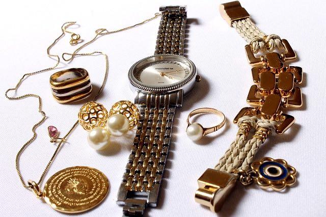 Comment choisir les bijoux de mariage